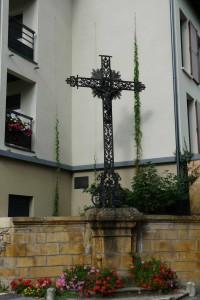 Croix de Mission en fer forgé- Route de Sain Bel